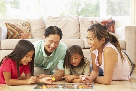 веселые настольные игры для всей семьи дома